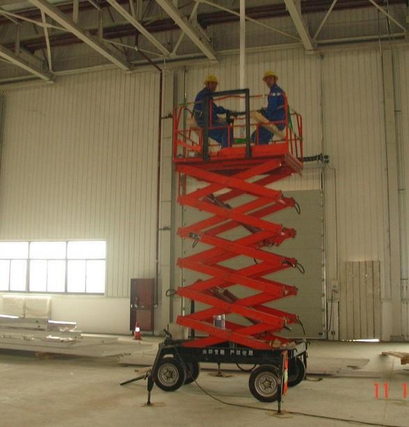 移动式升降机的基础上进行改装图片